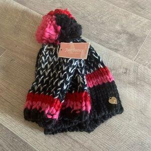 Juicy Couture 2 Piece Hat/Glove Set
